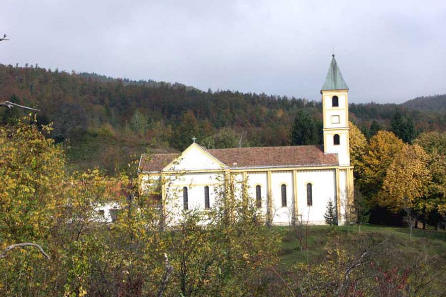 Slikovni rezultat za katolička crkva IVANJSKA
